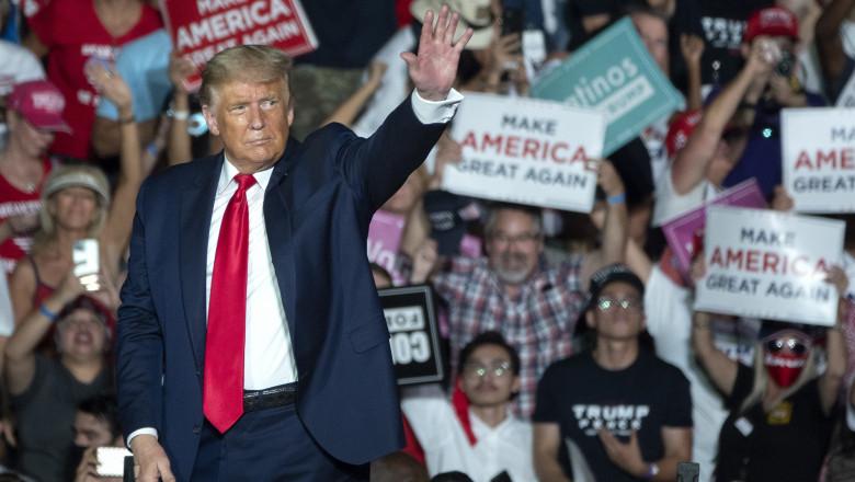 Donald Trump revine în forţă în arena mitingurilor electorale