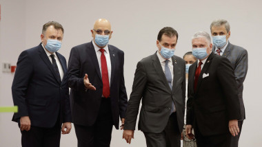 Orban, Arafat, Vela