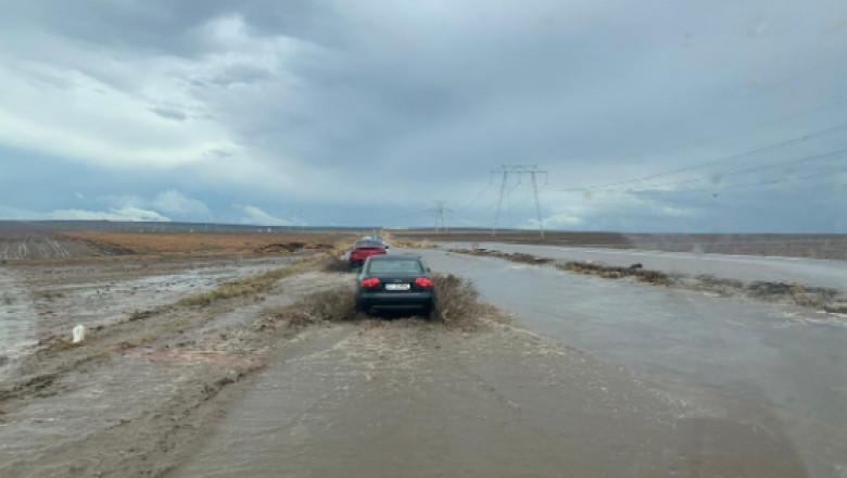 Drumul Constanța-Tulcea este inaccesibil în aceste momente din pricina condițiilor meteo.
