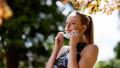 jogging alerga in parc cu masca
