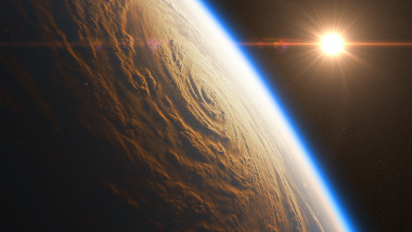 pamant spatiu soare nori fenomene meteo extreme uragan