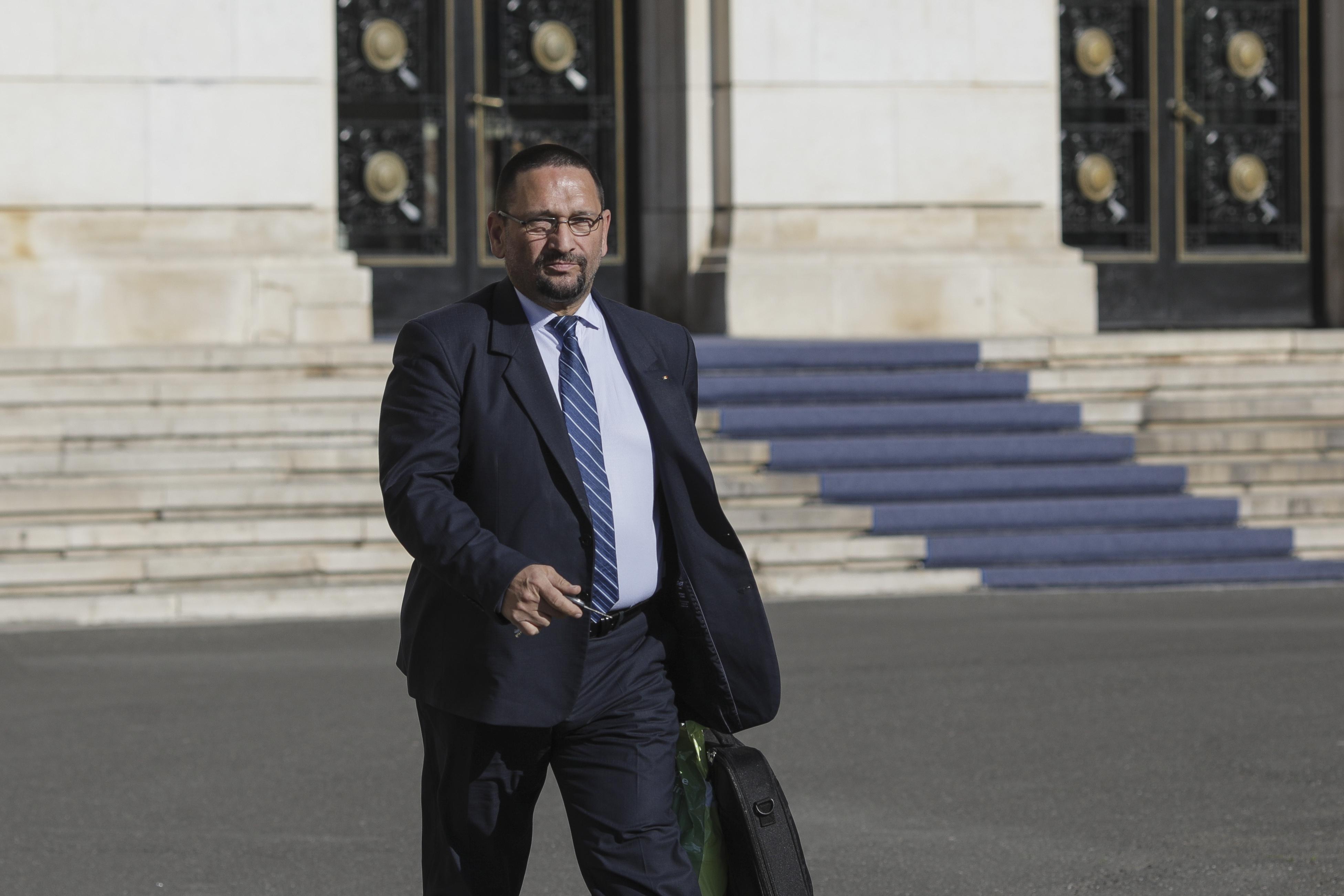 """Berbeceanu, despre relaxarea restrictiilor in Bucuresti: """"Masurile vor intra in vigoare incepand cu ora 00.00 a zilei de sambata"""" VIDEO"""