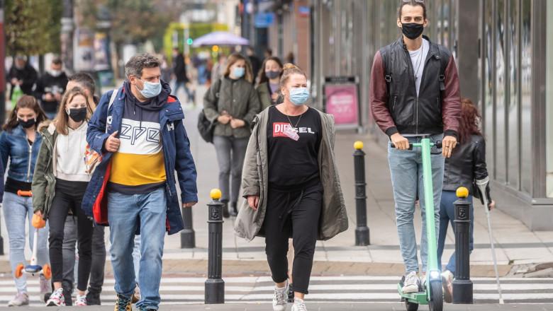 polonia, coronavirus, strada, oameni pe strada, masca