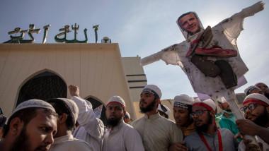 proteste musulmani dhaka bangladesh macron franta