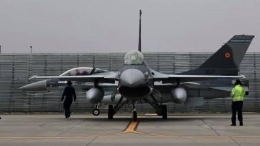 avioane F-16 din dotarea Forţelor Aeriene Române staţionate la baza aeriană Borcea