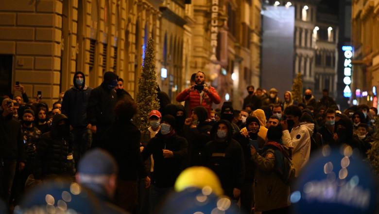 Protest fata de masurile restrictive in Florenta.