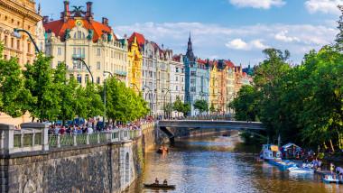 Țara europeană cu 10 milioane de locuitori care a ajuns a ajuns la 12.000 de cazuri de COVID-19 pe zi