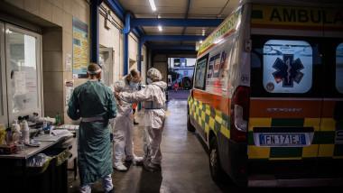 spitale pline cu pacienți covid în Italia