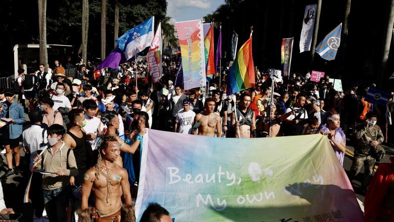 mars de bucurie in Taiwan FOTO: Agerpres