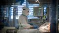 medic în Italia tratează pacient bolnav de COVID-19