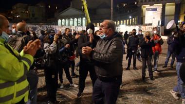 proteste anti masuri covid la napoli