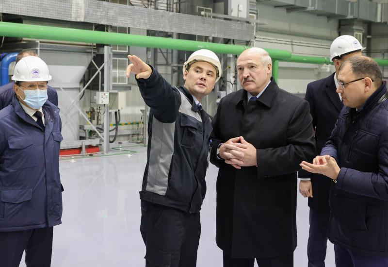Președintele Belarusului, Alexander Lukașenko, a inaugurat prima centrala nucleară