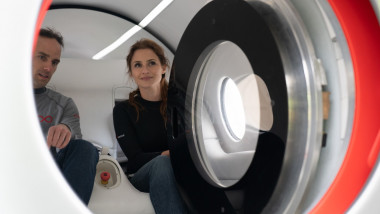 sara luchian in hyperloop