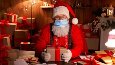 Moș Crăciun va călători în siguranță și le va aduce cadouri.