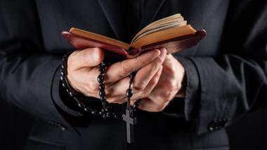 Biserica catolică din Italia va folosi o nouă versiune a rugăciunii Tatăl Nostru