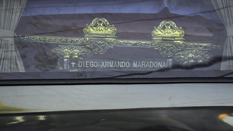 inmormantare maradona (2)
