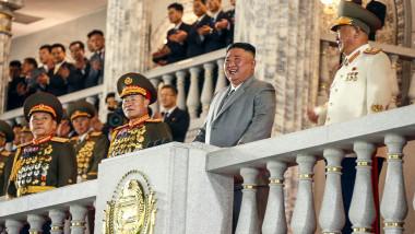 Kim Jong Un, liderul nord-coreean, la tribună