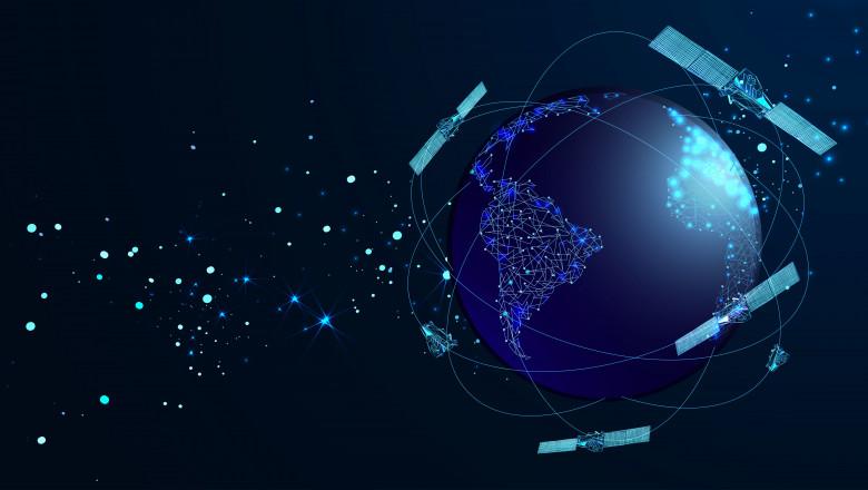 sateliti in spatiu
