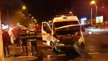 accident-ambulanta-bucuresti-pacient-covid