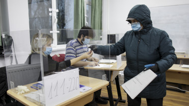 alegeri-parlamentare-2020-foto-inquamphotos-octav-ganea (7)