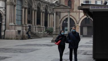 """Oamenii din cel mai bogat oraș al Italiei rămân fără bani și devin clienții caselor de amanet. """"Vedem ceasuri Rolex și coliere Cartier"""""""