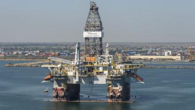 platforma petroliere extractie petrol marea neagra