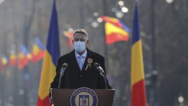 Președintele Klaus Iohannis susține un discurs de Ziua nationala, la ceremonia de la Arcul de Triumf.