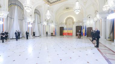 ceremonie decorare medici palatul cotroceni klaus iohannis presedintie