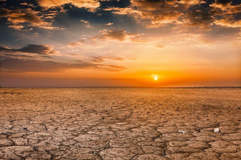 seceta incalzire globala desert soare puternic schimbari climatice