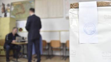 urna de vot alegeri