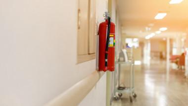 extinctor incendiu intr-un spital