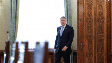 Klaus Iohannis începe consultările cu partidele pentru guvernare