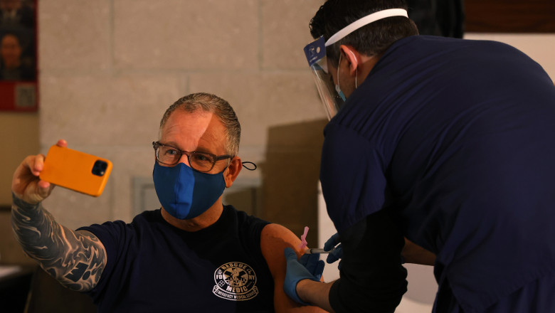 New York Firefighters Receive Covid-19 Vaccinations