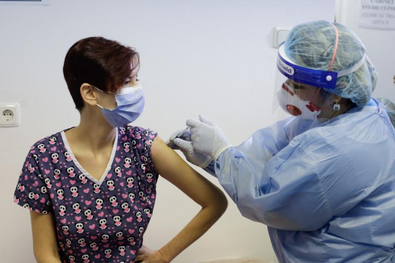 start-campanie-vaccinare-anti-covid-spital-victor-babes-inq-calin (2)