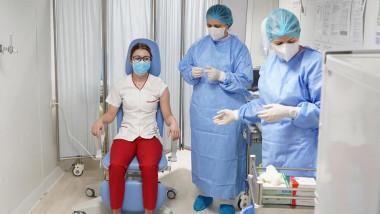 mihaela-anghel-asistenta-medicala-vaccinata-anti-covid-mapn (2)