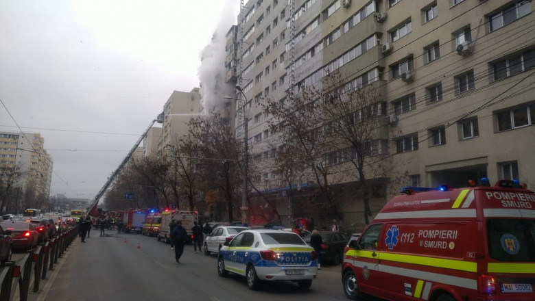 incendiu colentina masini de politie smurd pompieri ambulanta