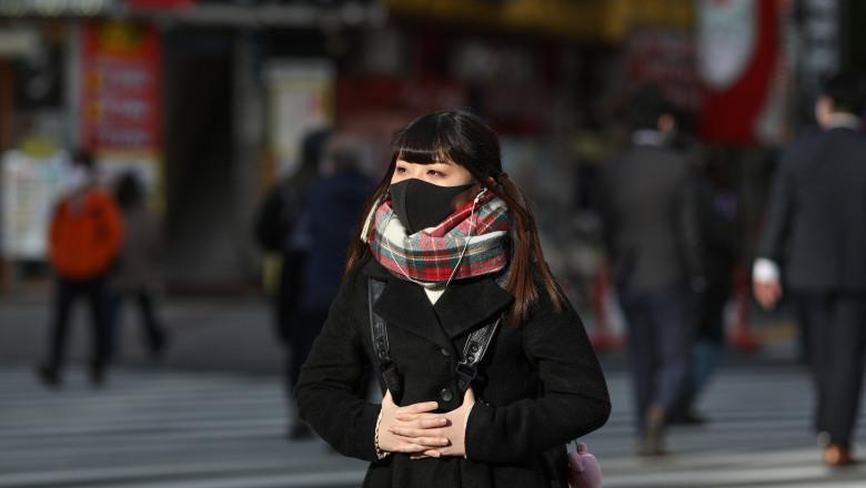 Autoritățile din Japonia le cer oamenilor să poarte mască în propriile case