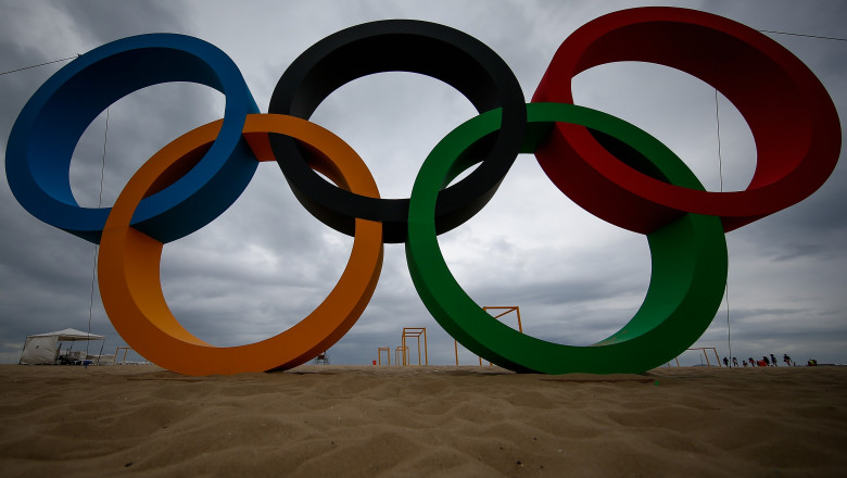 Rio 2016 Olympic Games: Copacabana Gets Olympic Rings Made of Recycled Plastic