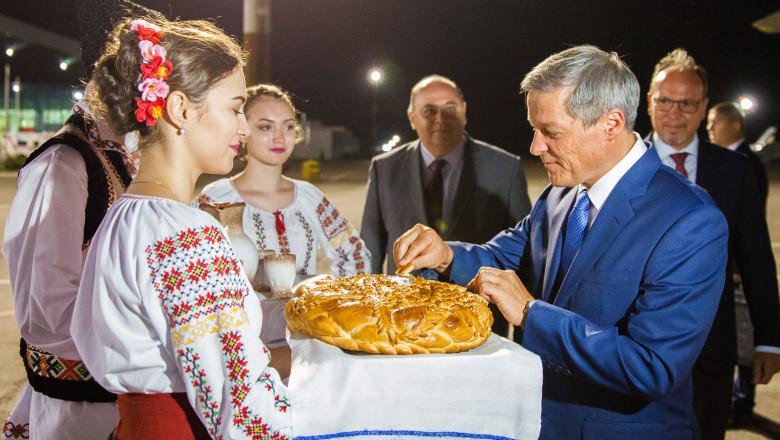 ciolos in moldova paine si sare