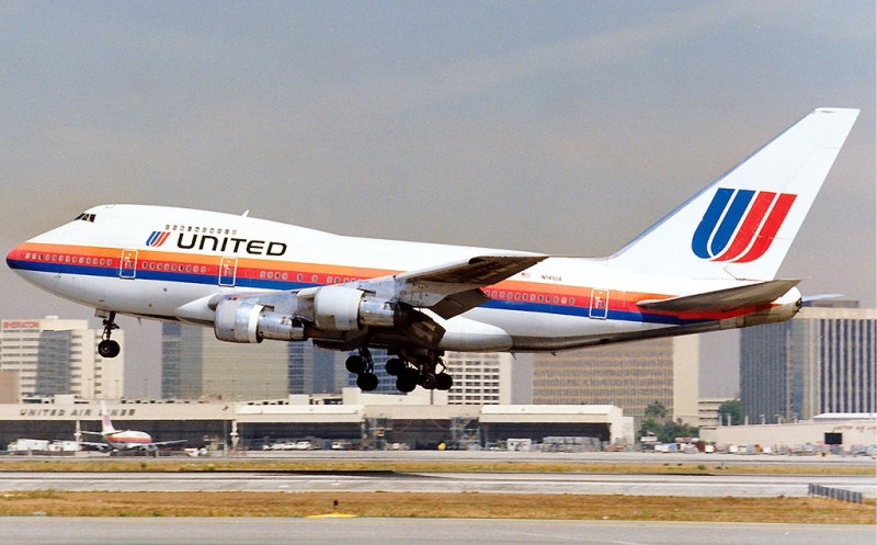 Avion United Airlines Boeing 747SP Maiwald foto wikipedia 08-07-2015