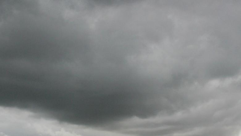 Rain Clouds Loom Over Sydney skyline