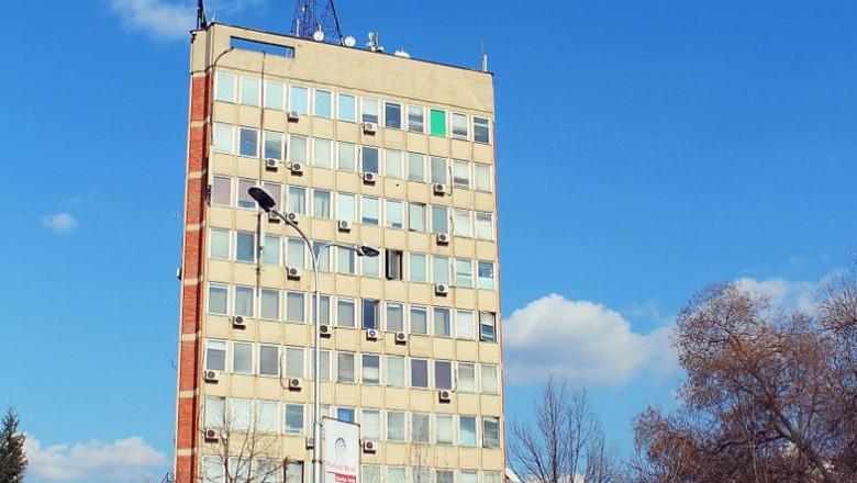 Building_of_Public_television_of_Kosovo_,_Kohavision_and_Radio_Kosova