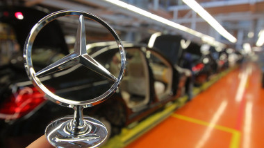 S-Class Assembly At Mercedes-Benz Plant