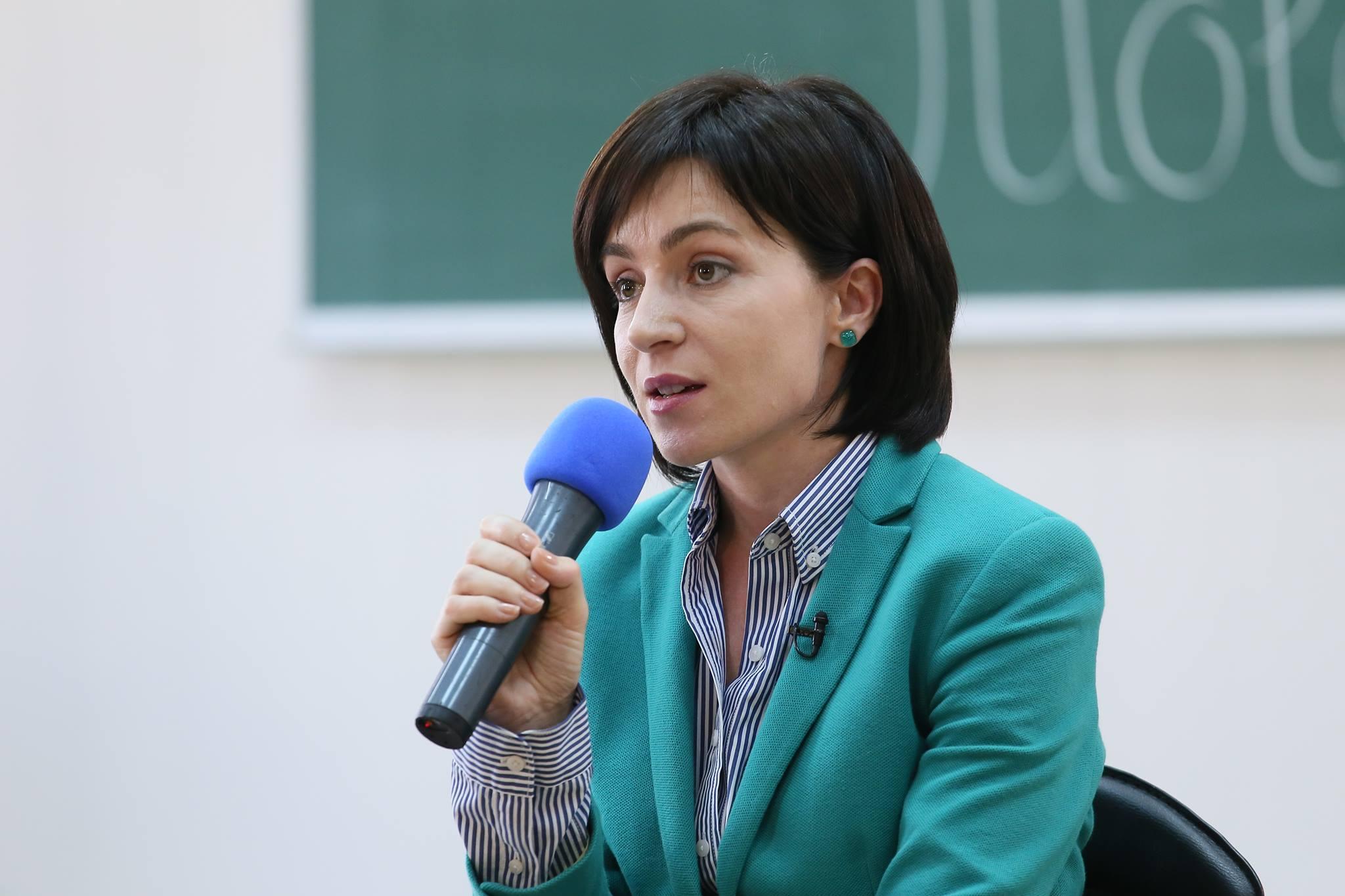 Viorica Dancila o invita pe Maia Sandu la Bucuresti: E esential sa mentineti angajamentul european