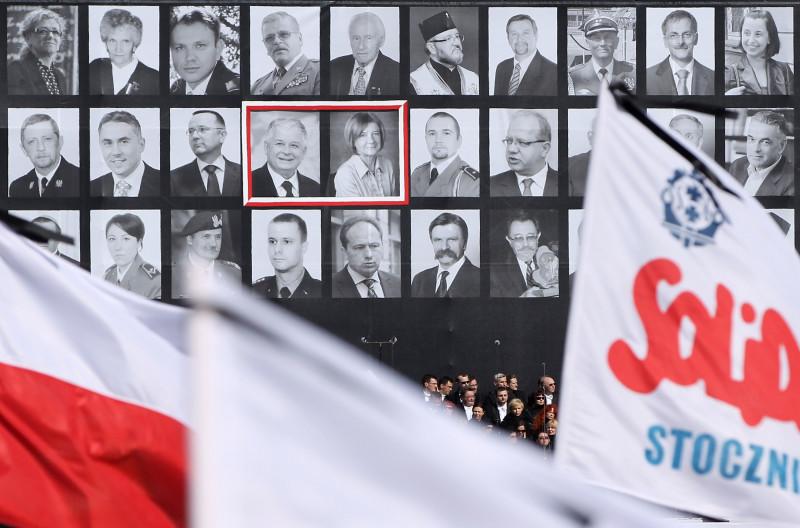 Memorial Service For Victims Of Polish Plane Crash