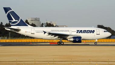Airbus_A310-325-ET,_Tarom_AN2285565