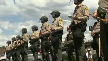 politie americana antirevolte
