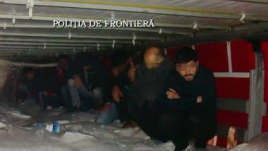 migranti in camion politia de frontieraq