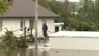 casa inundata galati