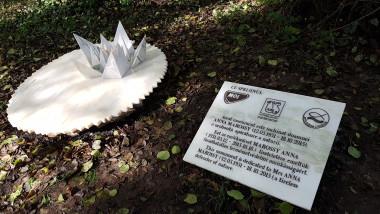 monument Anna Marossy (2)